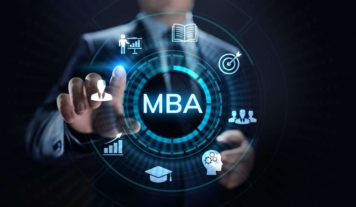 Top reasons behind the popularity of online MBA course